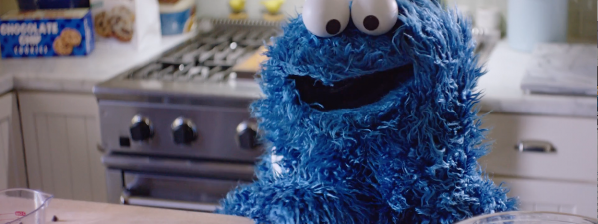 """Hey Siri, Who Doesn't Love Cookie Monster?"""